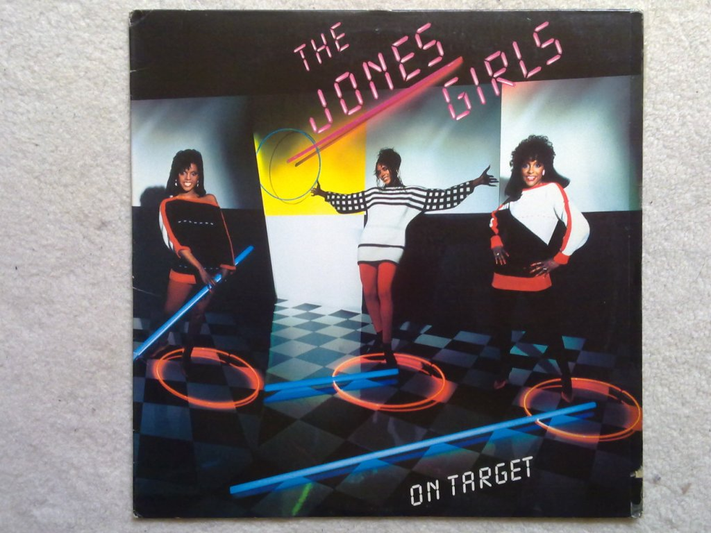 THE JONES GIRLS - On Target - LP